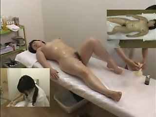Massage hidden camera filmed..